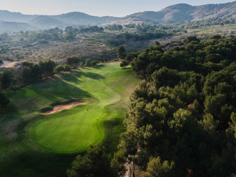 book a golf holiday in Spain today
