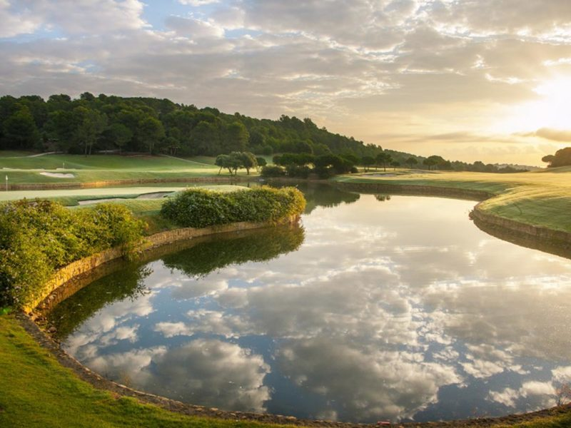plan a golf holiday to Spain