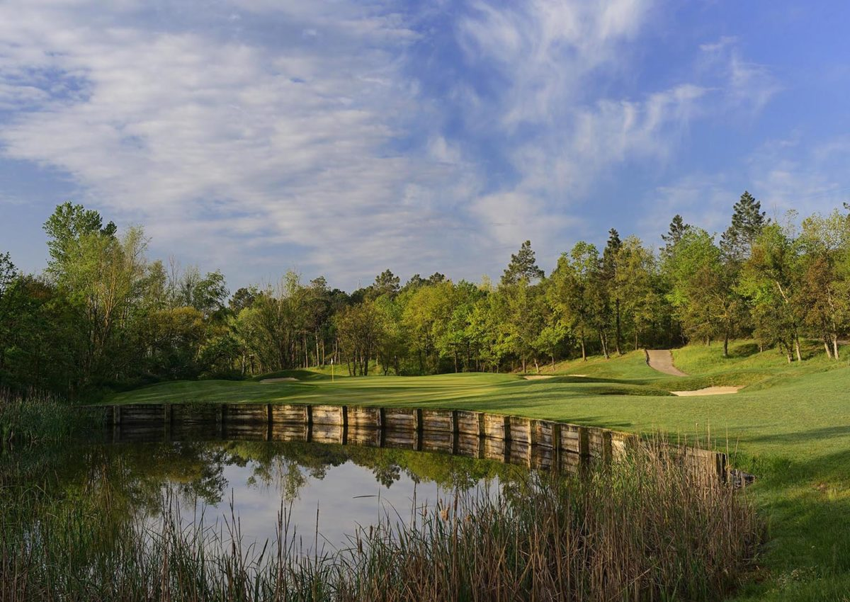 Golf Holidays offer a full range of tailor-made golf breaks